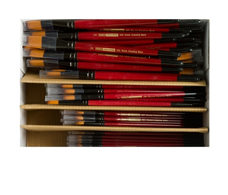 Save big with this huge Class Pack of synthetic sable brushes perfect for watercolors!