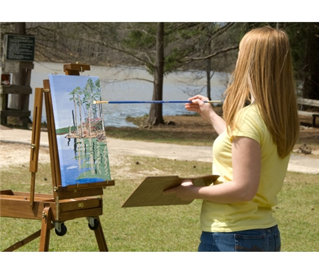 Extra-long handles allow you to stand back from the canvas  to get a better view of your subject matter.