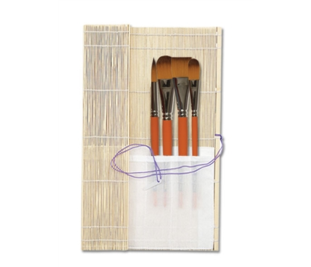 This wonderful set comes fitted in a bamboo brush roll-up.