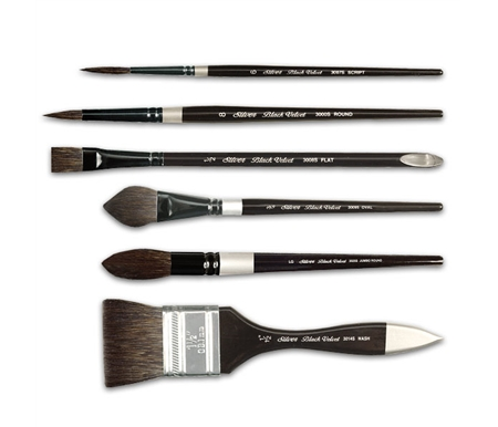These brushes feature a special combination of pure squirrel hair and black taklon synthetic hair.