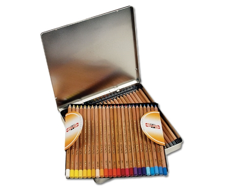 Compatible with artists\' quality soft pastels.
