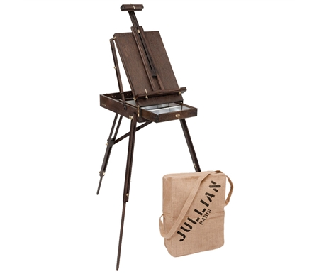 The Vintage easel is made from solid and durable lacquered oak, with a gorgeous antique finish.