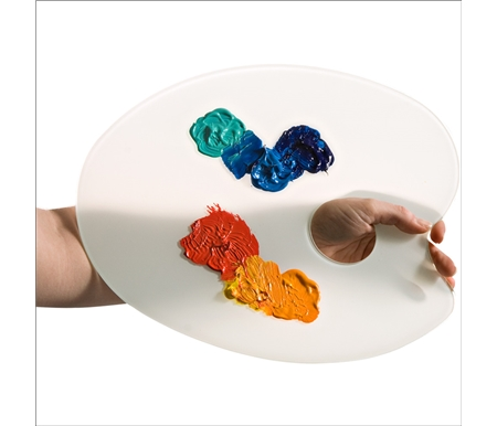 Dried acrylic paint peels off easily, avoiding the mess and hassle often associated with plastic palettes.