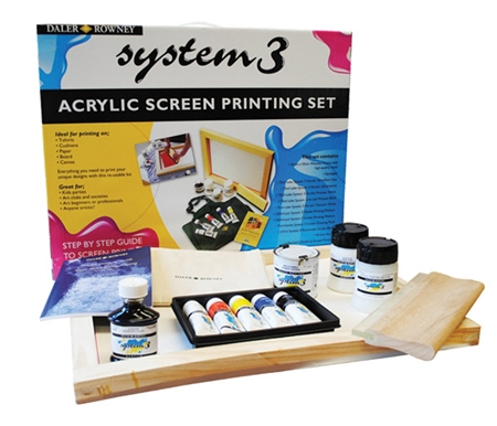 Everything you need to get started in screen printing, both on paper and fabric, is included in this complete kit.